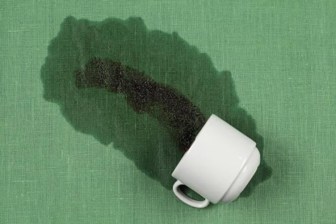 Чем вывести кофе – проверенные методы отстирать пятно