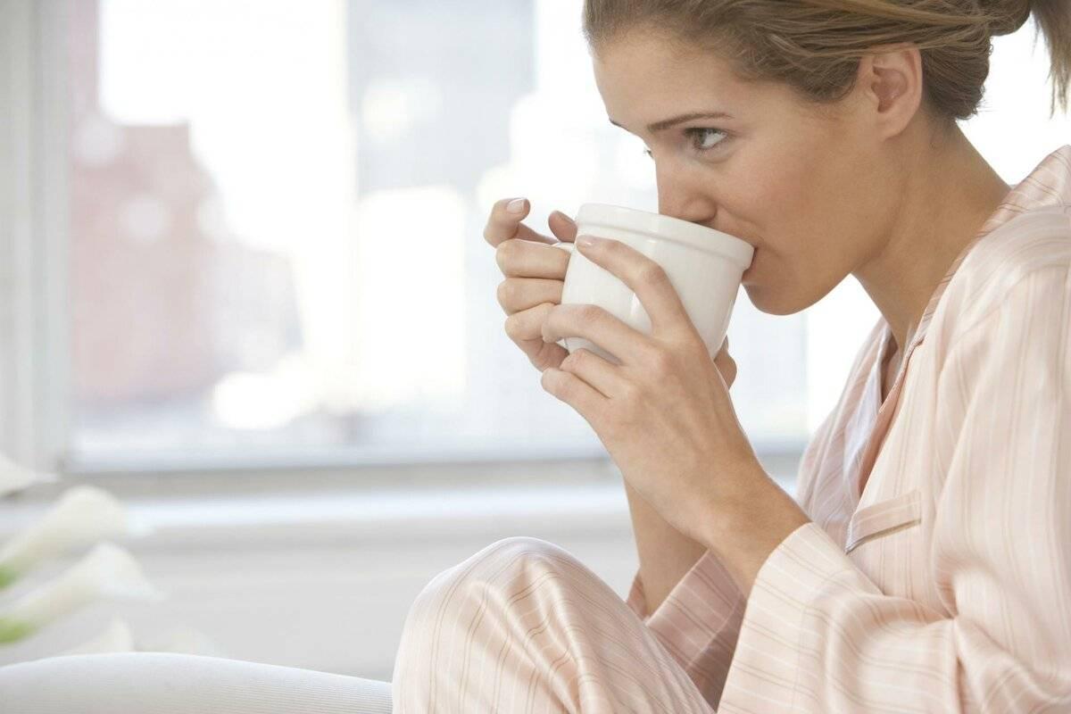 Можно ли кофе кормящей маме: растворимый, с молоком, зеленый