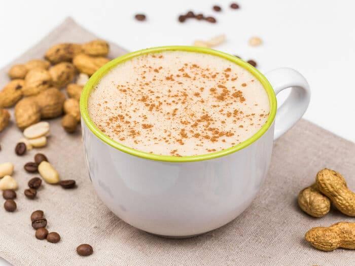 Кофе с арахисовой пастой