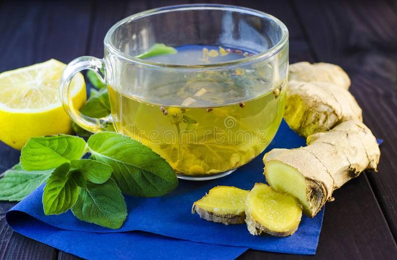Зеленый чай с медом и имбирем