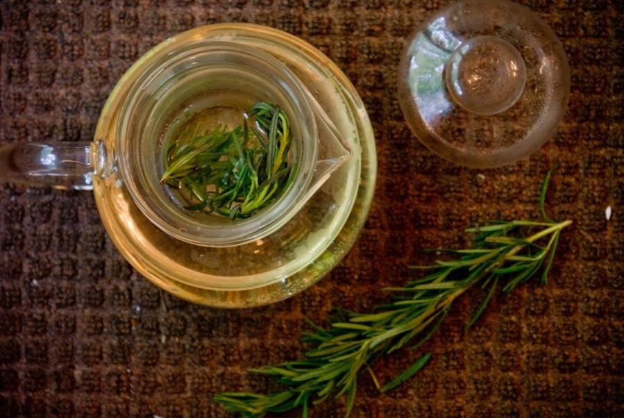 Свойства и рецепты приготовления чая с розмарином