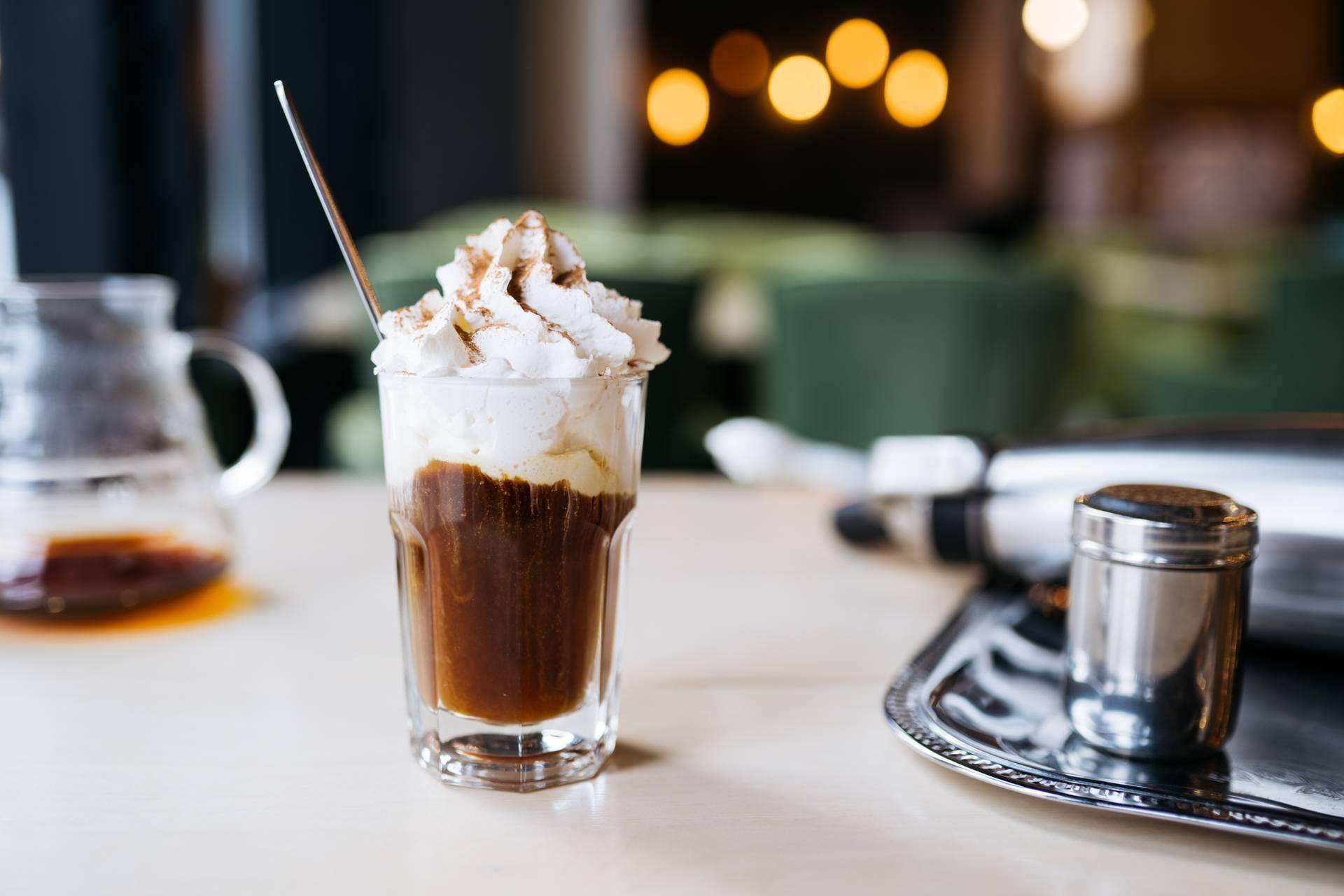 Лучшие рецепты приготовления кофе по-венски