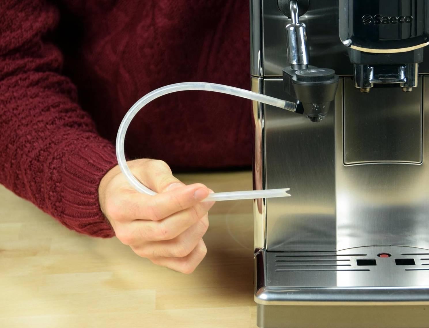 Как почистить кофемашину от накипи лимонной кислотой в домашних условиях