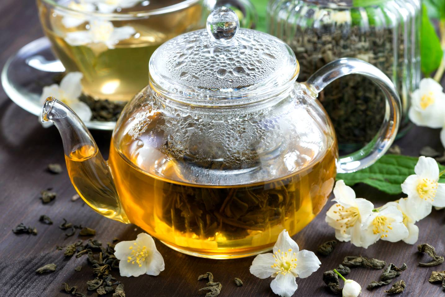 Чай с жасмином: заваривание, польза и вред, отзывы