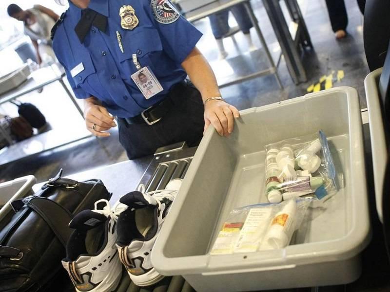 Что и как можно провозить в самолёте: жидкости, еда, сигареты и пр