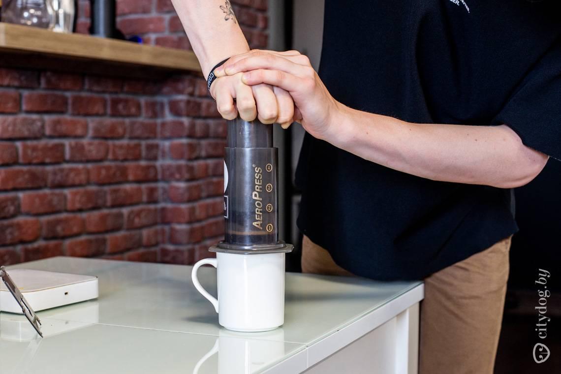 Как готовить кофе в аэропрессе, простые советы