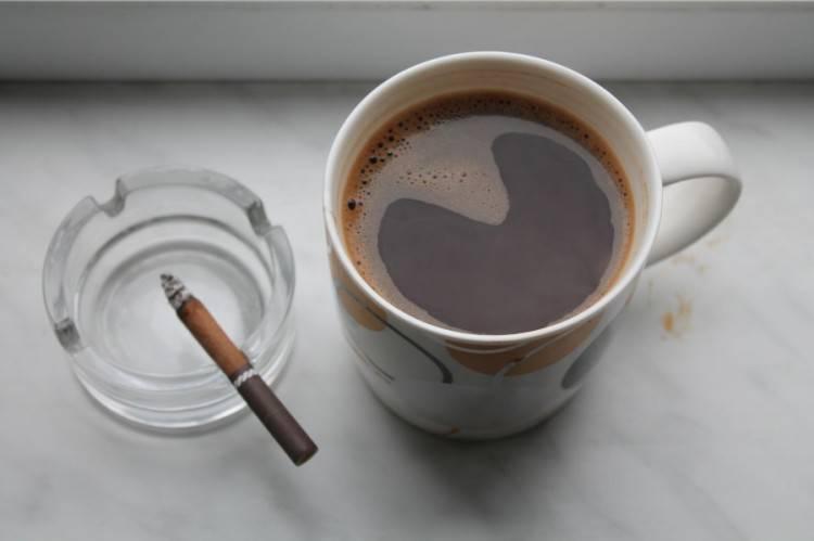 Кофе и сигареты: привычка укорачивать свою жизнь