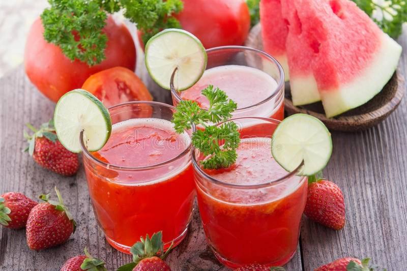 Смузи из огурца: 7 полезных рецептов для блендера с фото