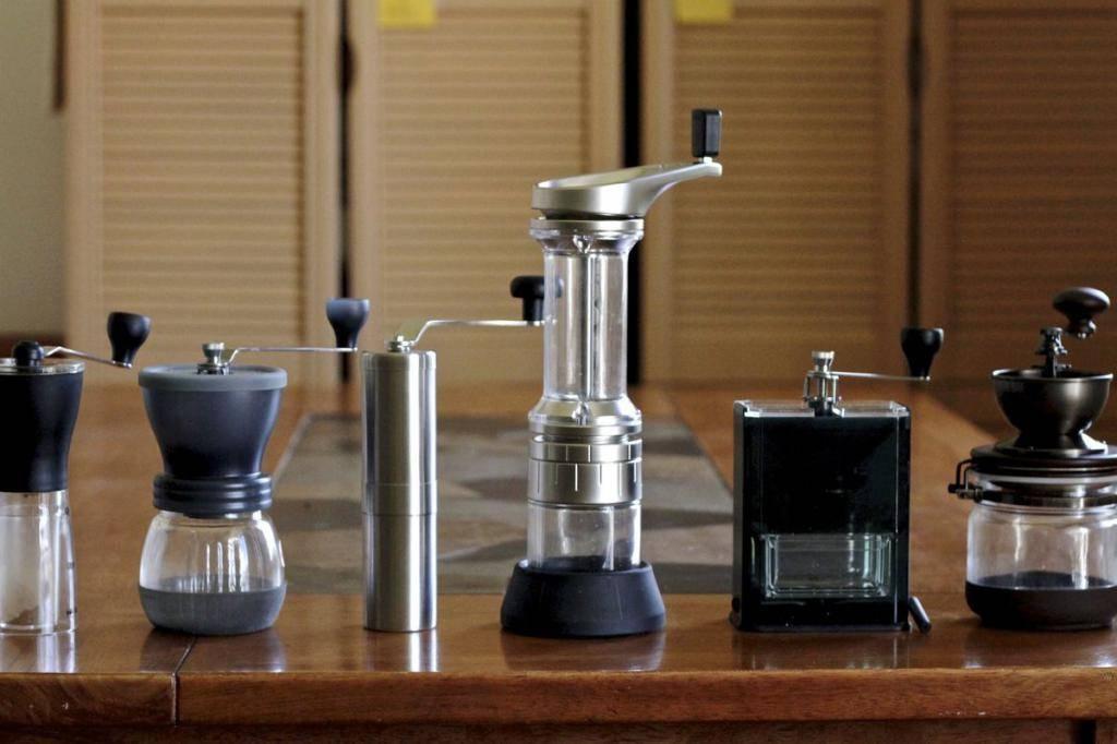 Как выбрать кофемолку электрическую для дома, какие бывают