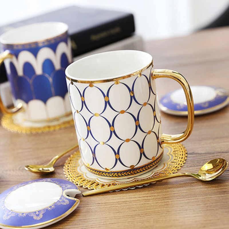 Какая чашка лучше для горячего чая: фарфоровая, стеклянная, металлическая?
