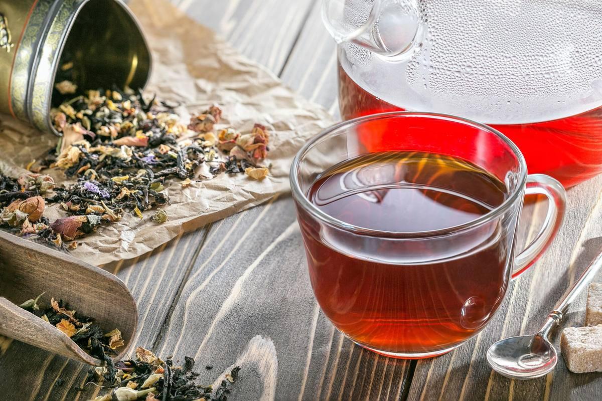 Какой чай бодрит больше - черный или зелёный, как они действуют