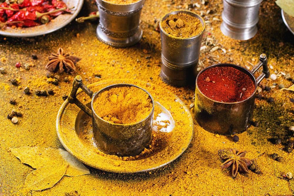 Чай с куркумой: полезные свойства, как заваривать