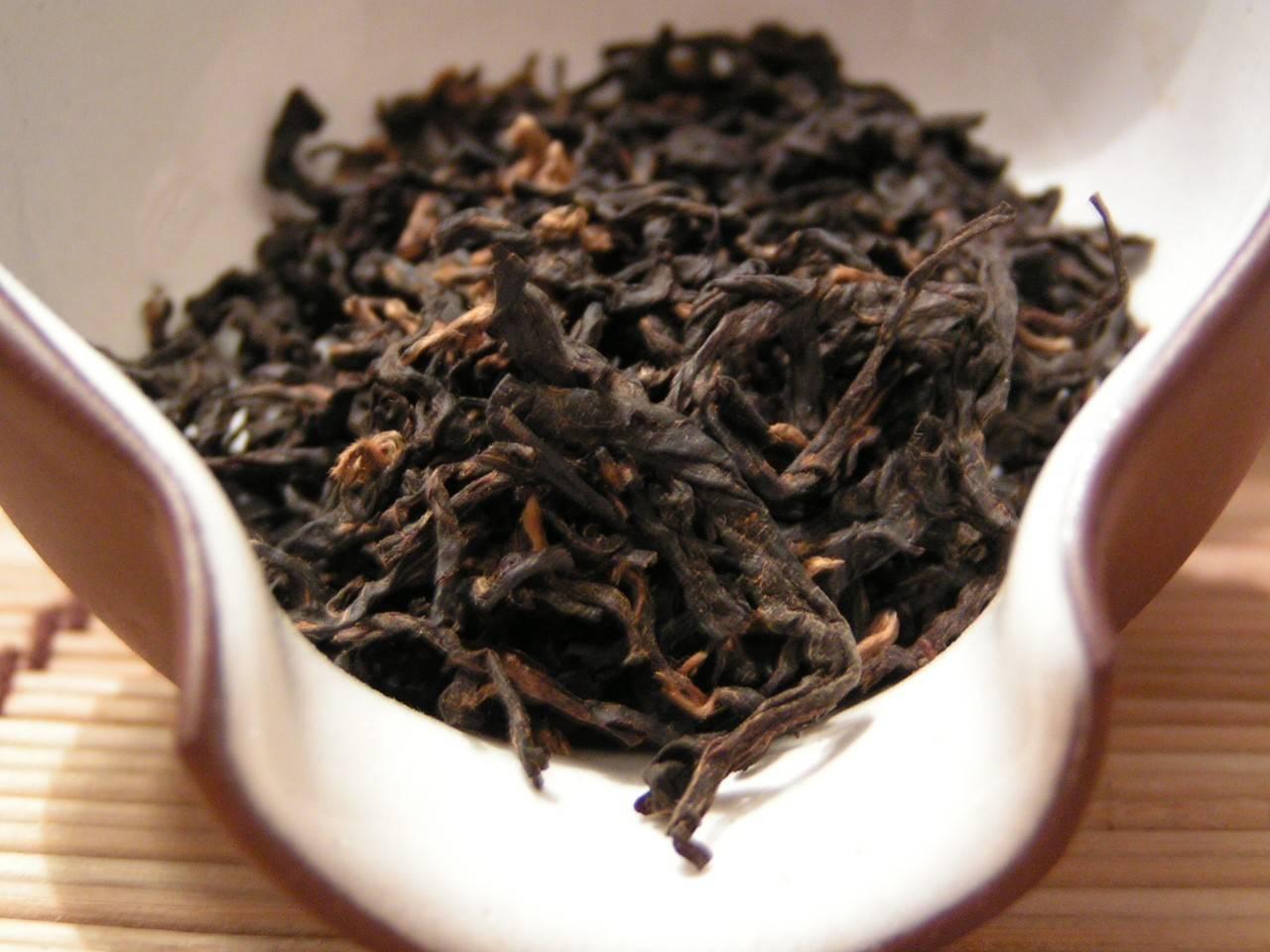 Черный чай ассам: заваривание, польза и вред, отзывы