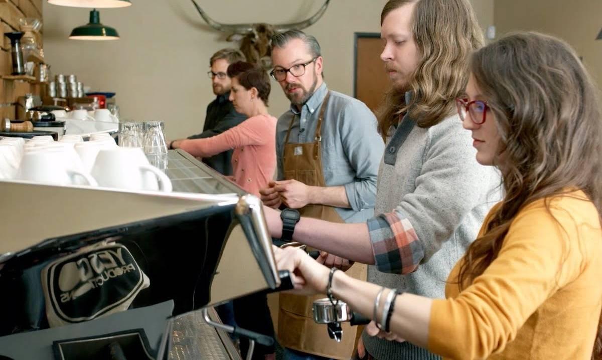 Что должен знать бариста: секреты приготовления кофе, его профессиональный день