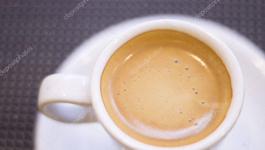 Кофе и зубы: плюсы и минусы. основные правила, благодаря которым можно уберечь свои зубы от неблагоприятных воздействий