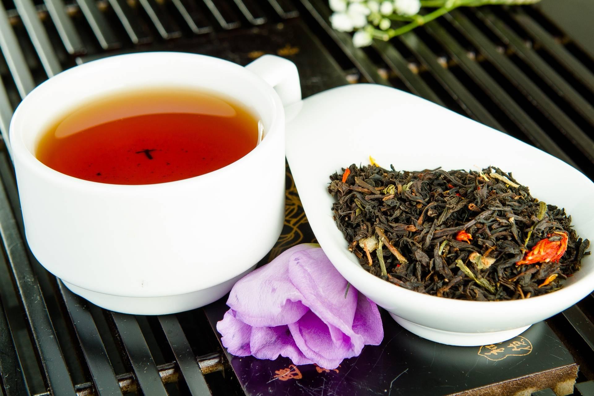 Чем отличается черный чай от зеленого. В чем уникальность напитков