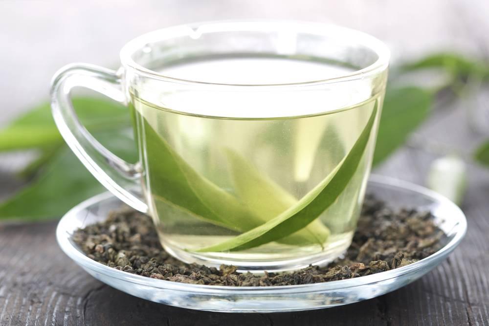 4 полезных свойства зелёного чая, которые делают его незаменимым при грудном вскармливании