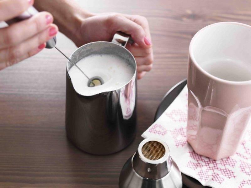 Как взбить молоко для капучино