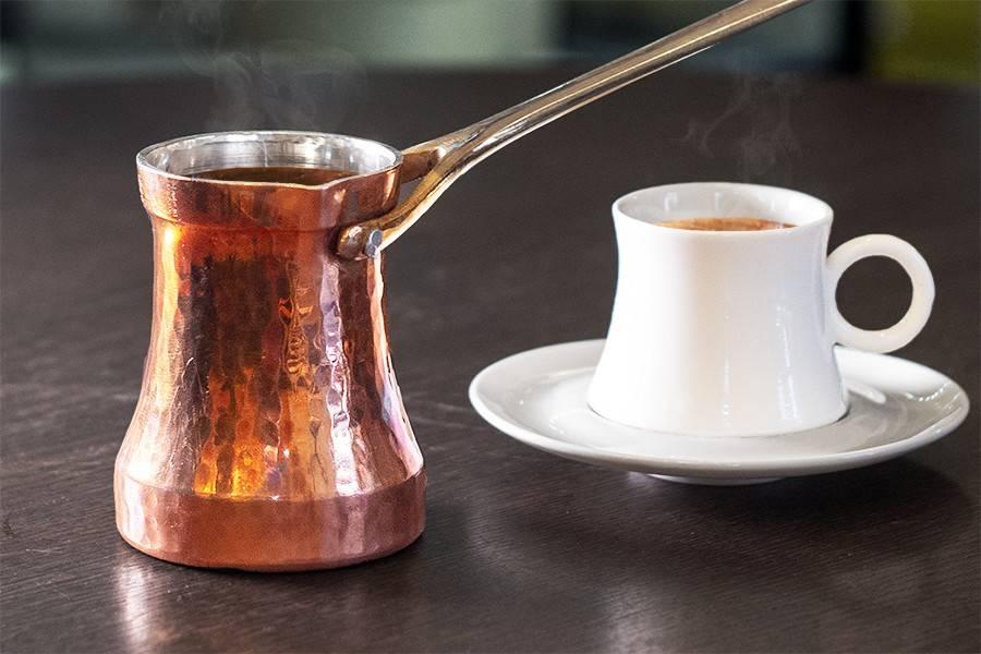 Как сварить кофе без турки