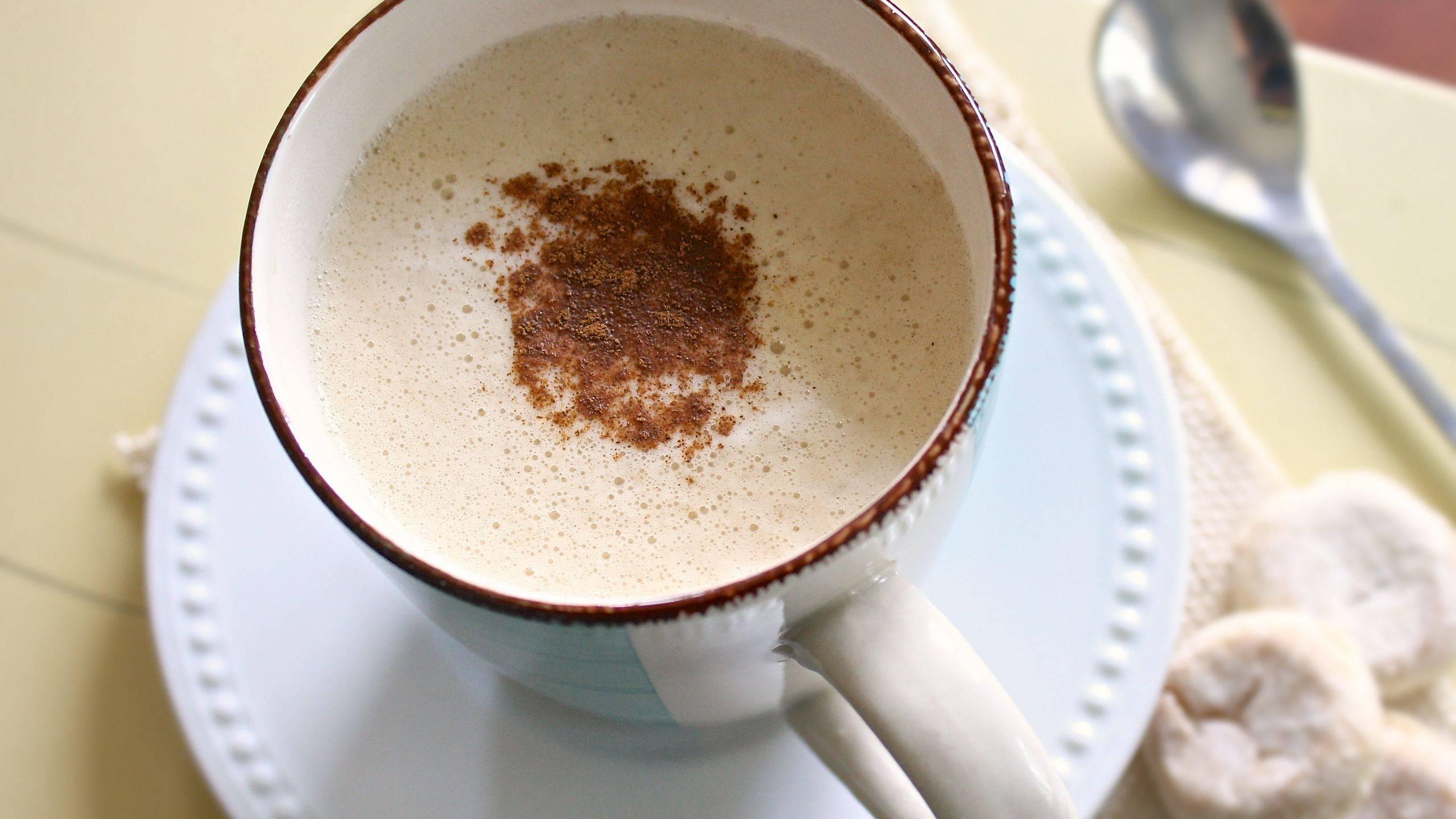 Кофе с молоком: вред или польза для организма
