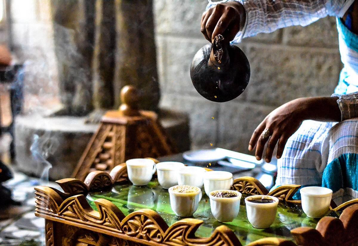 Слово кофе какого рода мужского или среднего в русском языке, оно или он по новым правилам