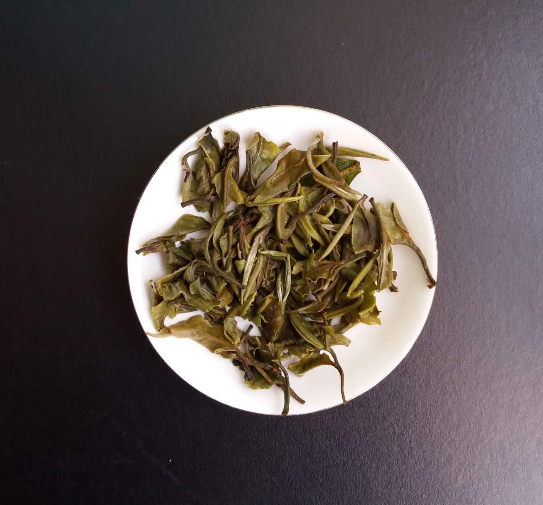 Белый чай: полезные свойства, польза и вред, противопоказания, отзывы, где производят- ezavi.ru