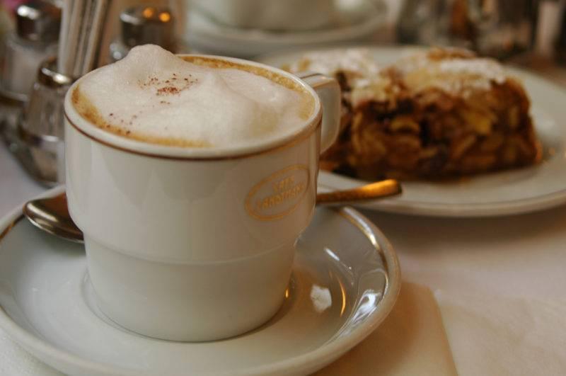 Кофе по-венски: история возникновения и способы приготовления