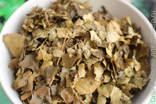 Приготовление ароматного чая с листьями вишни