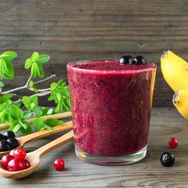 Смузи с гранатом – рецепты витаминного десерта