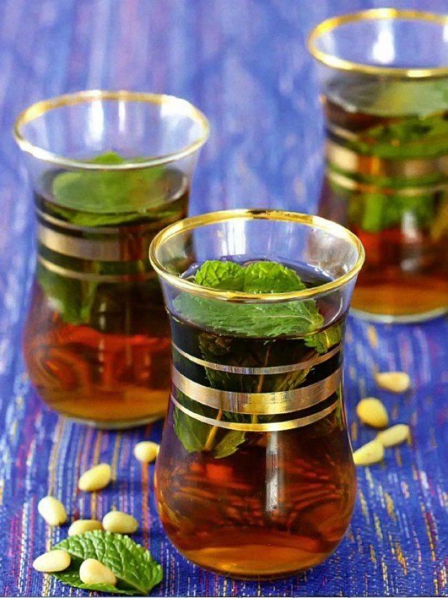 Восточные будни: как готовят мятный чай в районе магриба