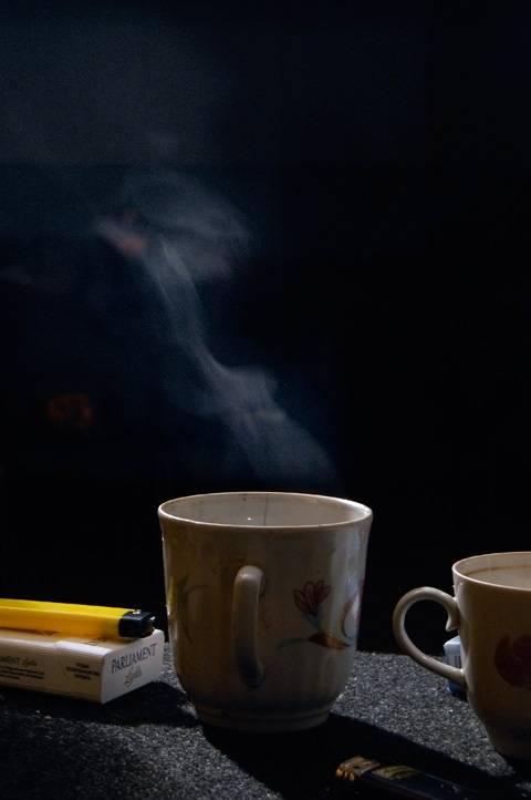 Какой несут в себе вред кофе и сигареты?