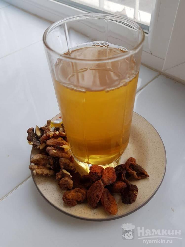 Полезный компот из кураги: как сварить напиток здоровья