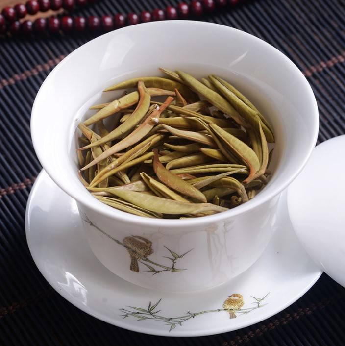 Белый чай: полезные свойства и противопоказания