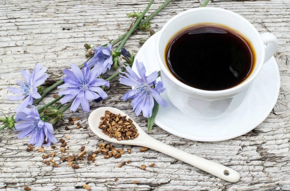 Чем заменить кофе: как называется заменитель, напитки для бодрости по утрам