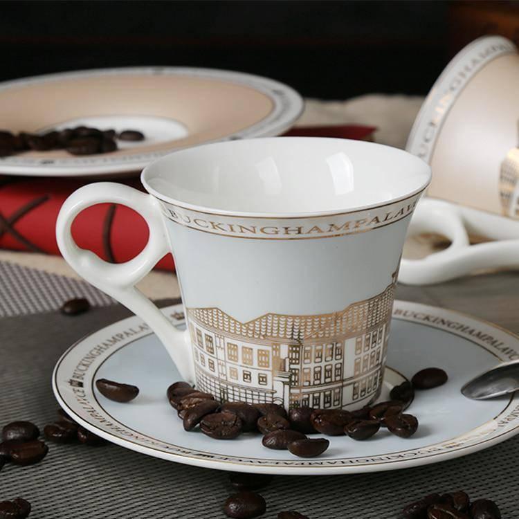 Какие чашки с блюдцами в подарок можно купить: наборы из фарфора и серебра