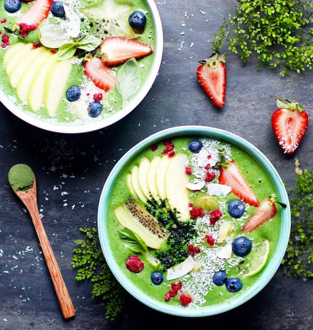 Невероятной красоты пост: смузи-боул – самый фотогеничный завтрак на свете | блог comfy