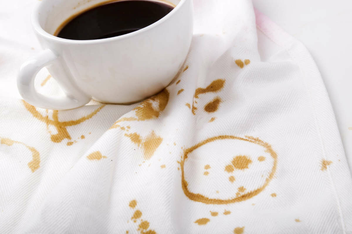 Как вывести пятна от кофе в домашних условиях