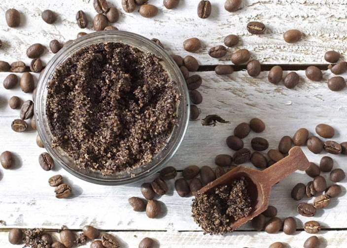 Скраб из кофейной гущи для лица в домашних условиях: рецепты