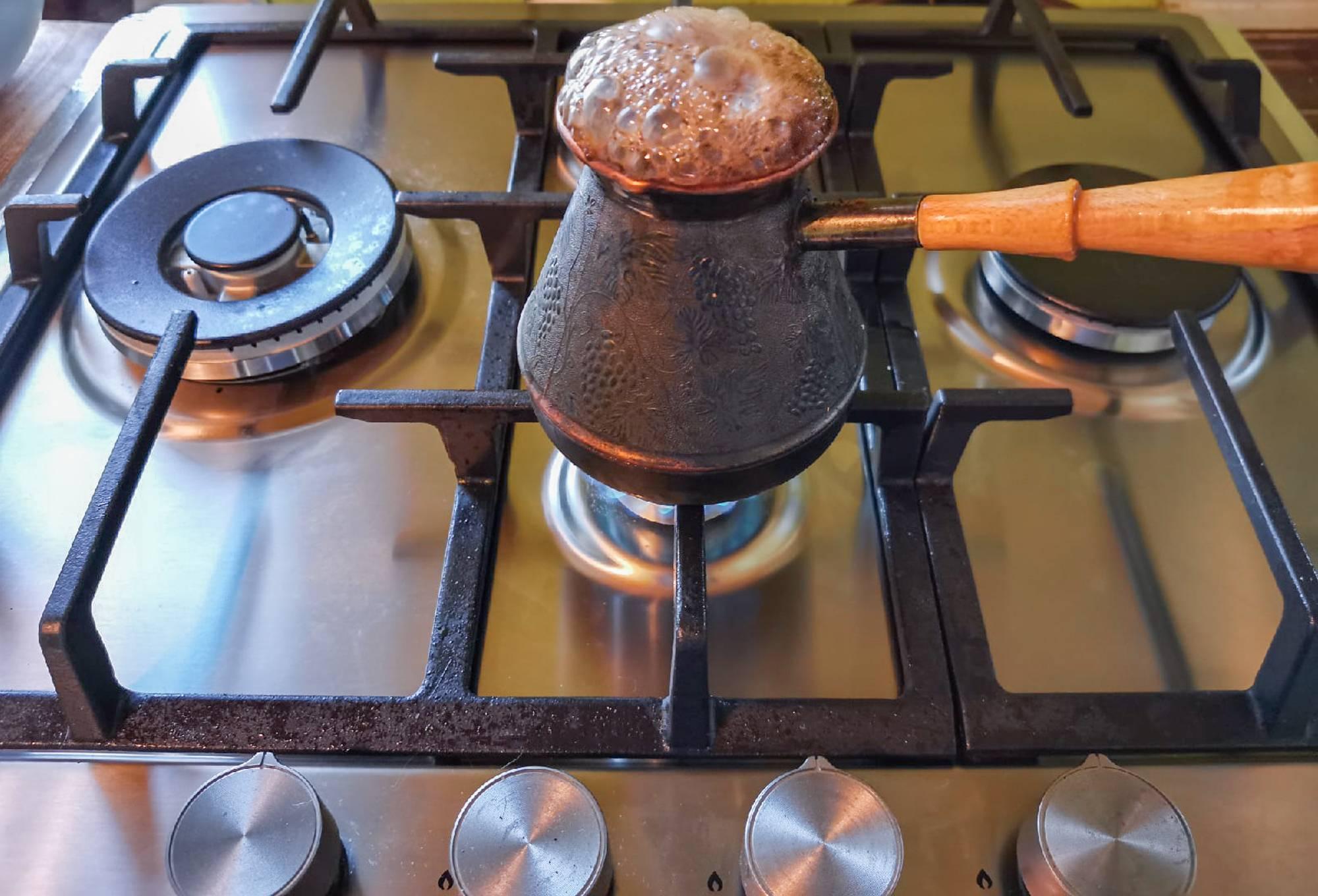 Кофе с кардамоном — 6 рецептов, как приготовить пряный согревающий напиток