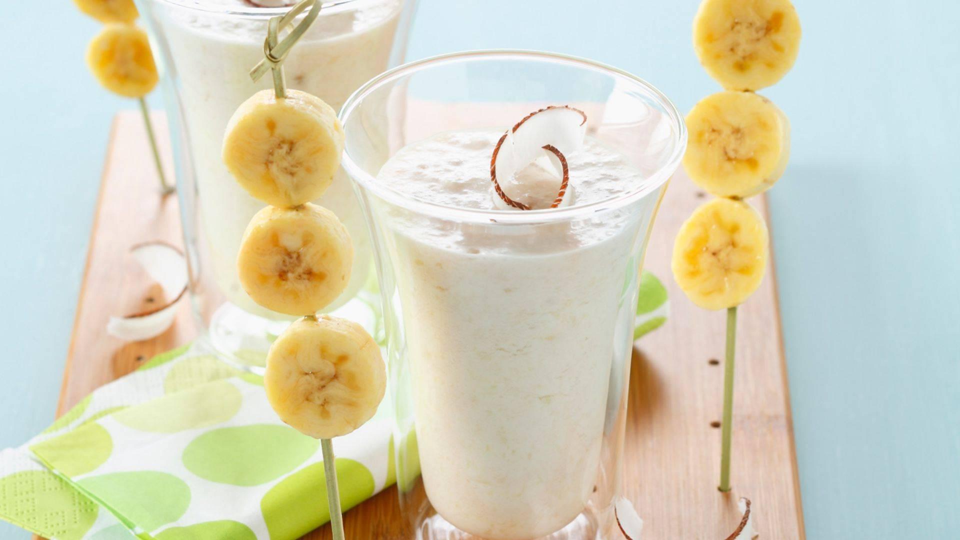 Смузи с бананом: польза, описание, популярные рецепты