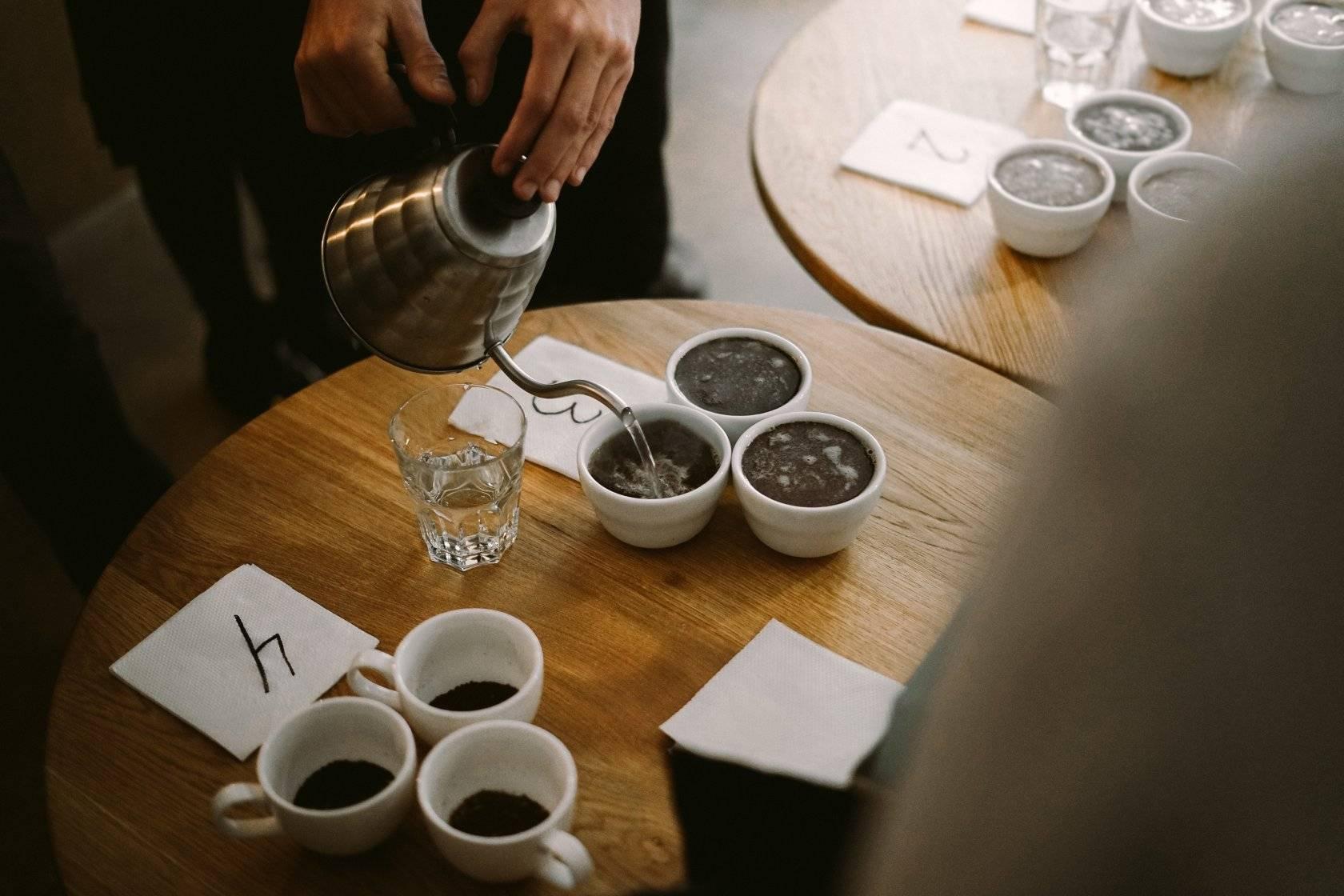 Как научиться разбираться в кофе не хуже бариста - лайфхакер