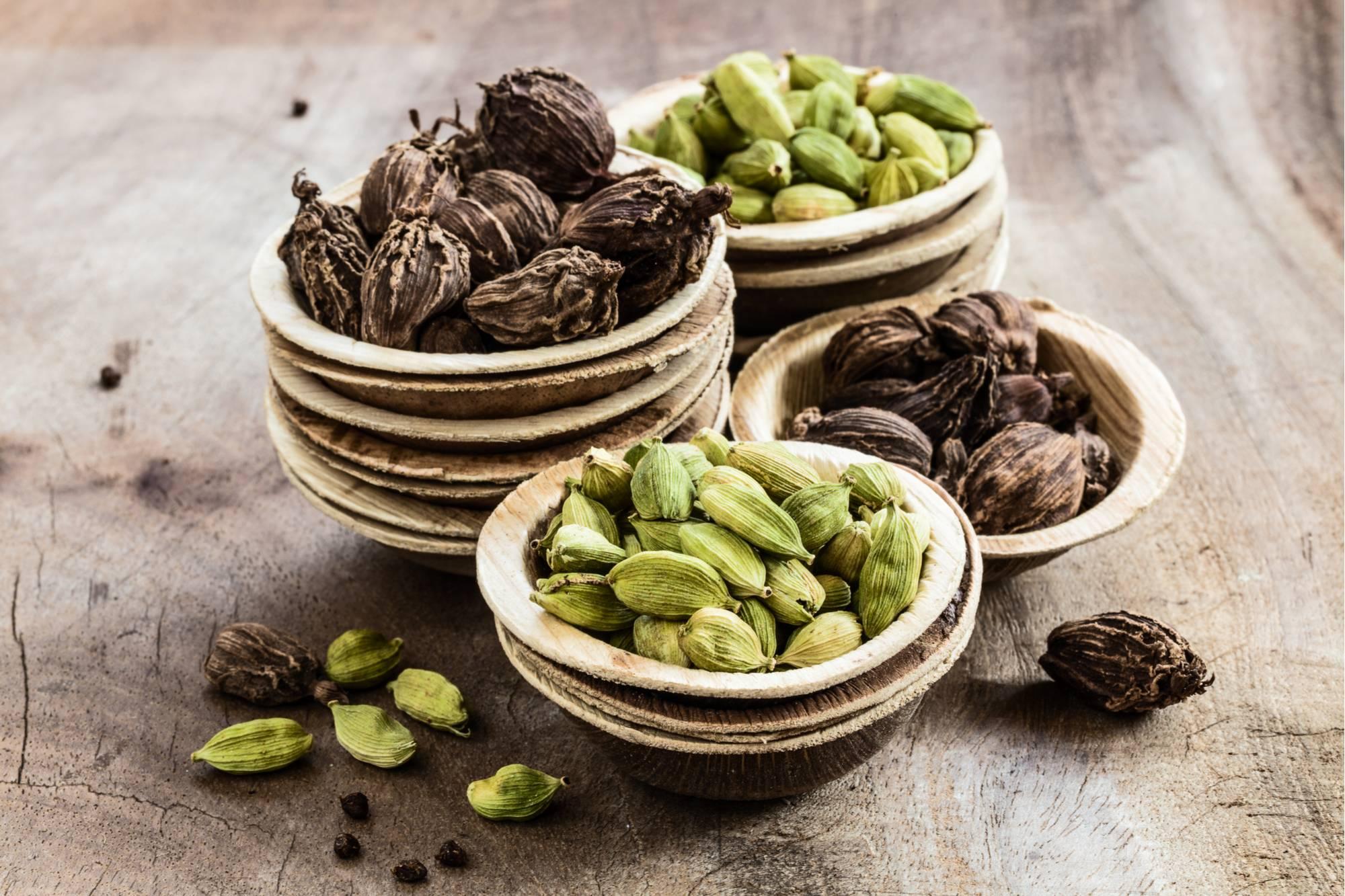 Чай с кардамоном: полезные свойства напитка, приготовление.