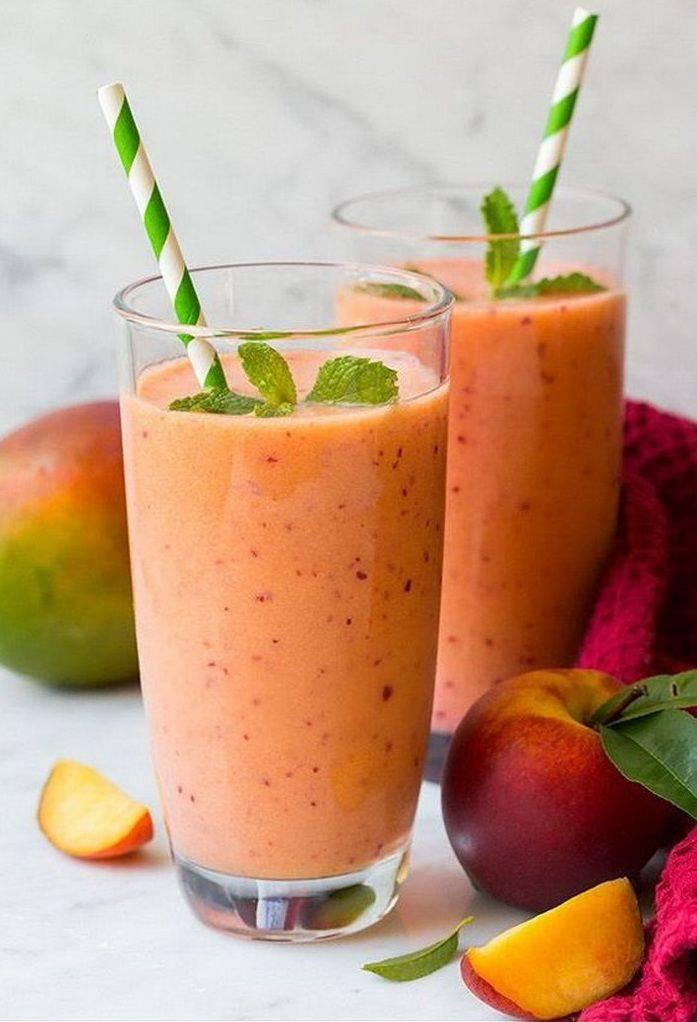 Смузи - рецепты для блендера овощного, с сельдереем, бананами и замороженными ягодами