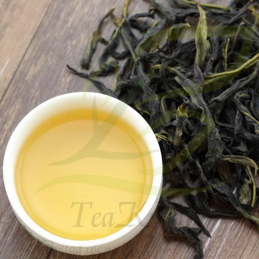 Зеленый чай хуаншань маофэн (ворсистые пики с желтой горы)