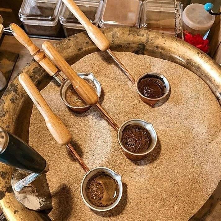 Способы приготовления кофе: с кипячением, холодная настойка, капельный метод, машинная заварка