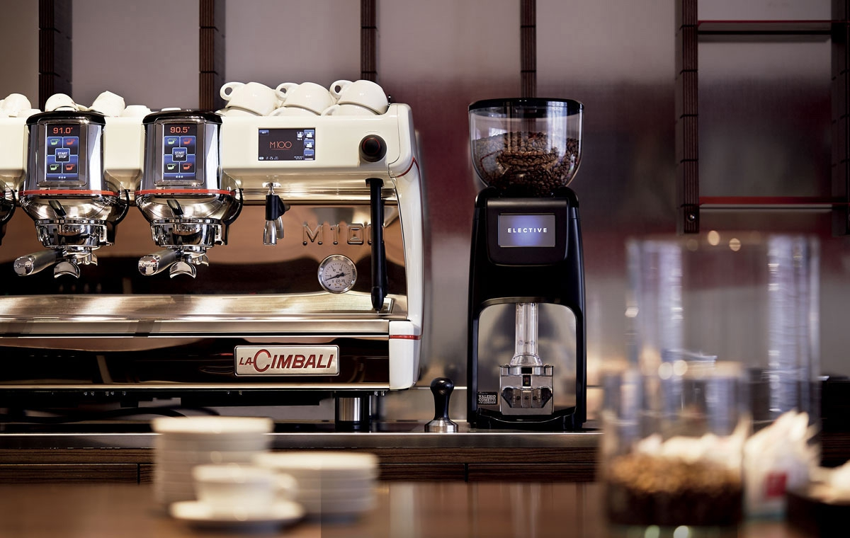 Какую кофемашину выбрать для кафе: советы и лучшие модели