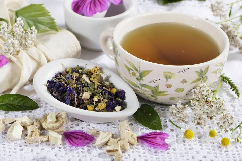 Успокаивающие чаи и настои из лекарственных трав