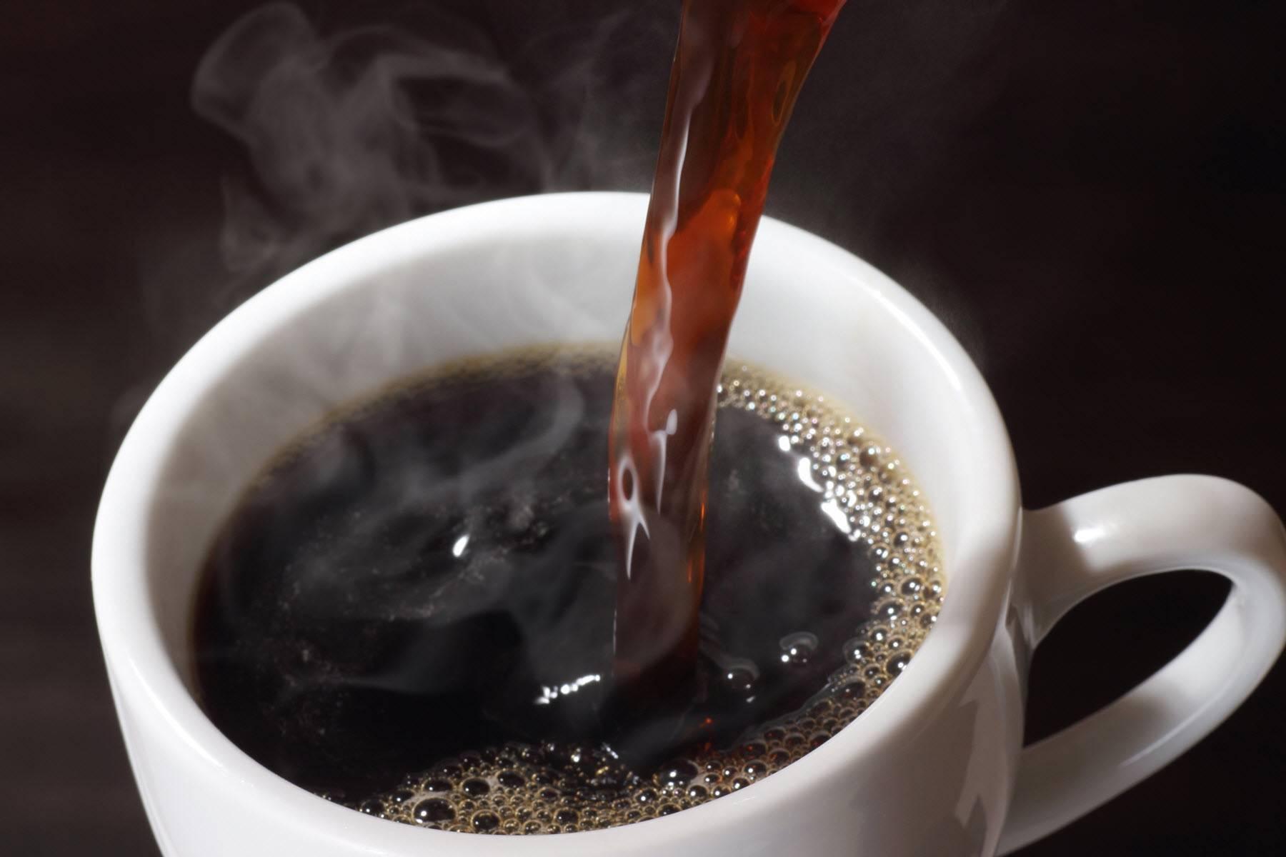 Можно ли пить кофе во время месячных: рекомендации