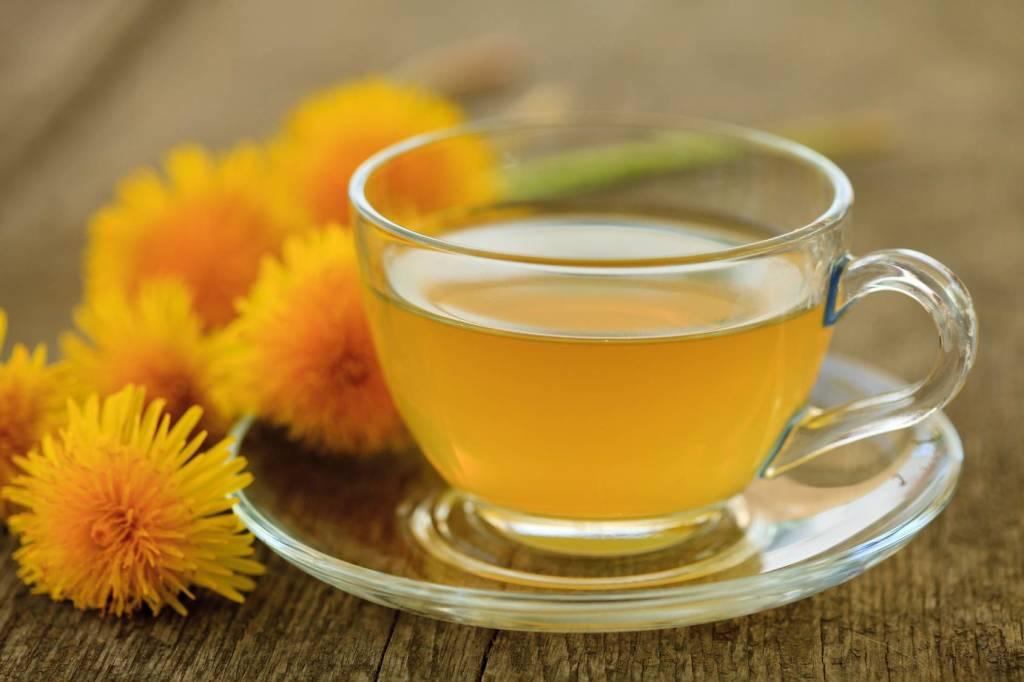 Рецепты чая из одуванчиков, его польза и вред для здоровья