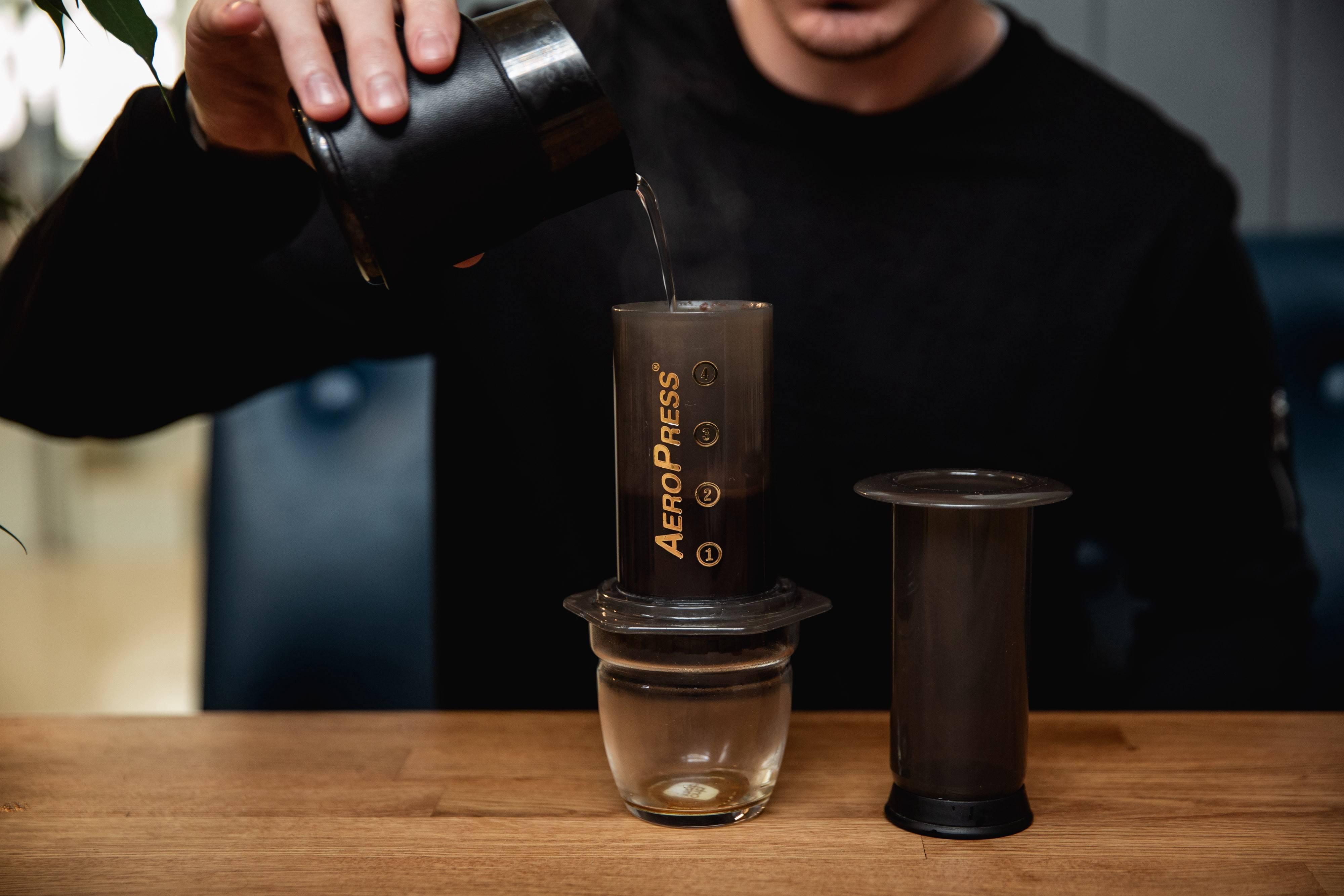 Аэропресс: преимущества и недостатки, пошаговая инструкция приготовления кофе   by kava pro
